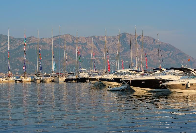 Budva на адриатическом побережье стоковые фотографии rf