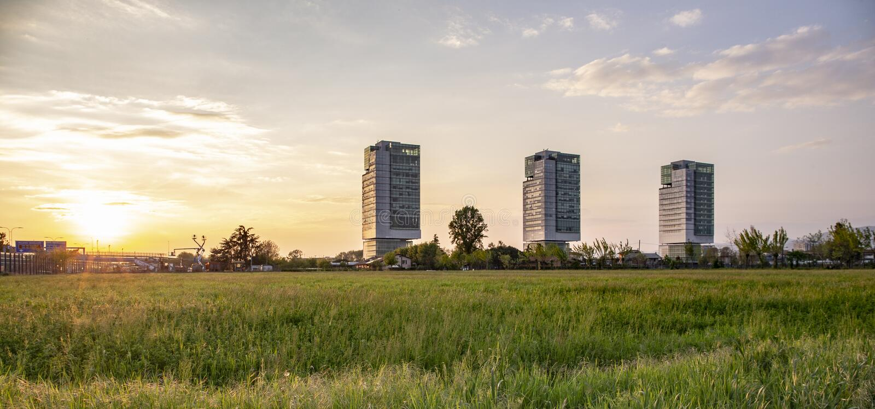 Budynek biurowy w Brescia fotografia royalty free