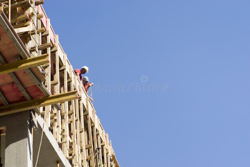 budynek budowy krawędzi pracowników obrazy royalty free