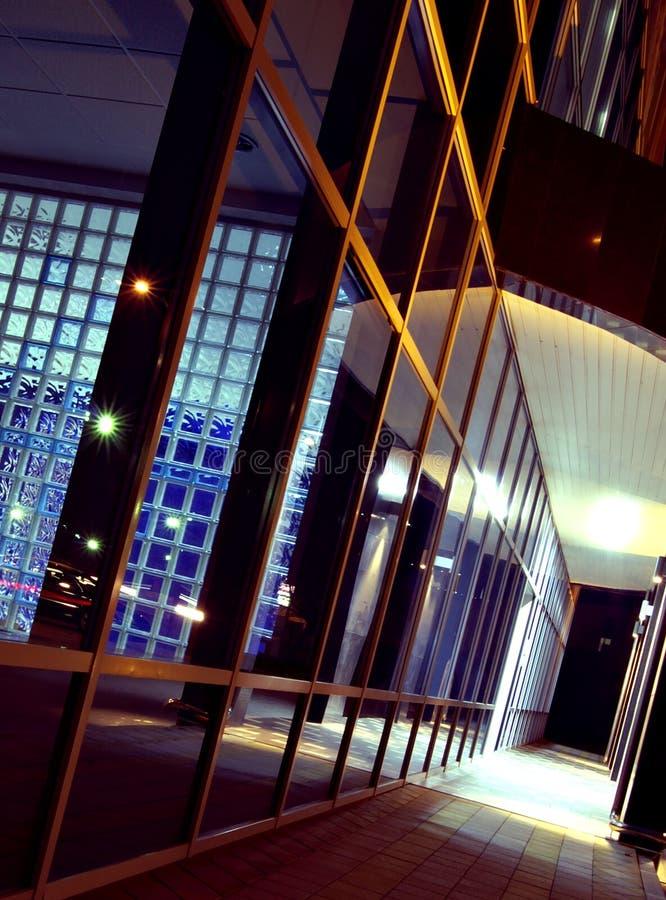 budynek korytarza noc zdjęcie royalty free