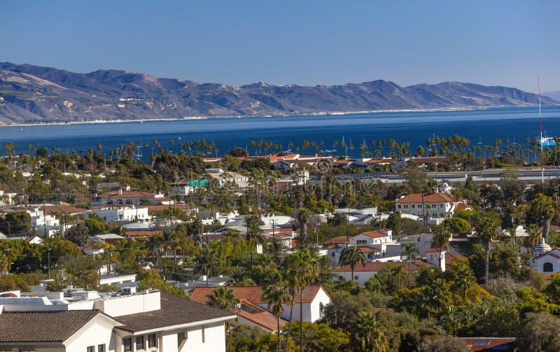 Budynek linii brzegowej Pacyficzny ocean Santa Barbara Kalifornia obraz stock