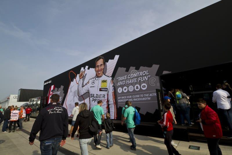 Budynek Mercedes-Benz na DTM wystawie zdjęcie royalty free