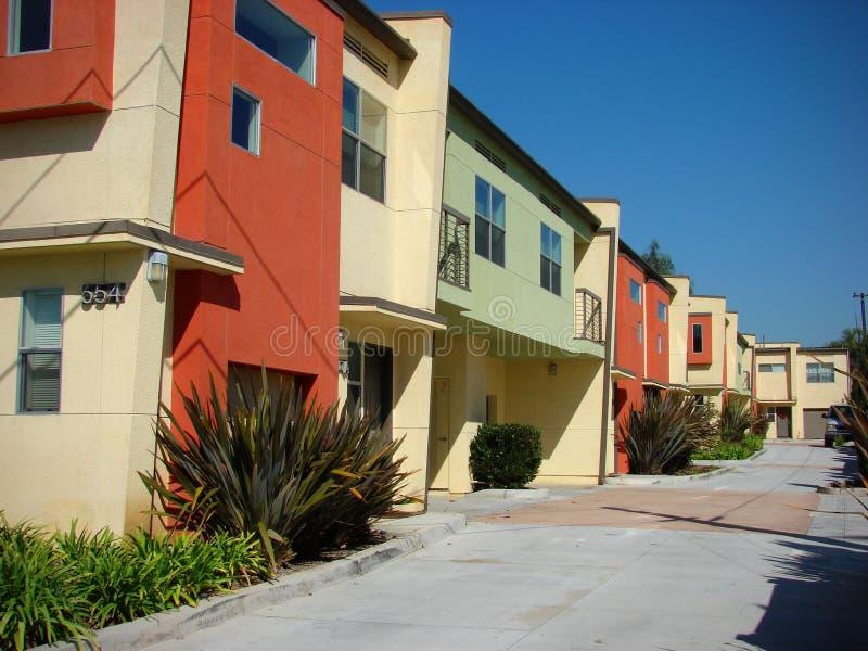 budynek mieszkaniowy kolorowy zdjęcie stock