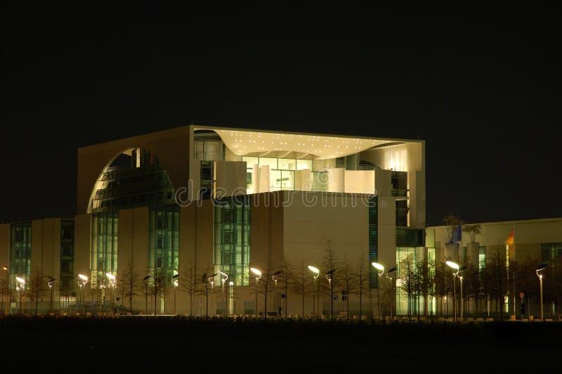 budynek nocy urzędu obraz royalty free