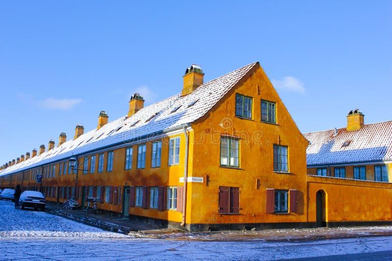 budynek pomarańcze zdjęcia stock