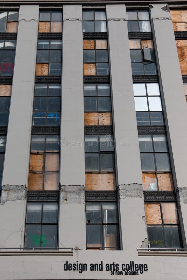 Budynek uszkadzający trzęsieniem ziemi w 2010 obrazy stock