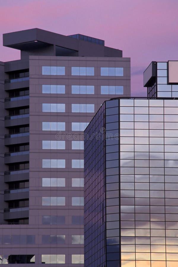 Download Budynki biurowe obraz stock. Obraz złożonej z finanse, śródmieście - 27469
