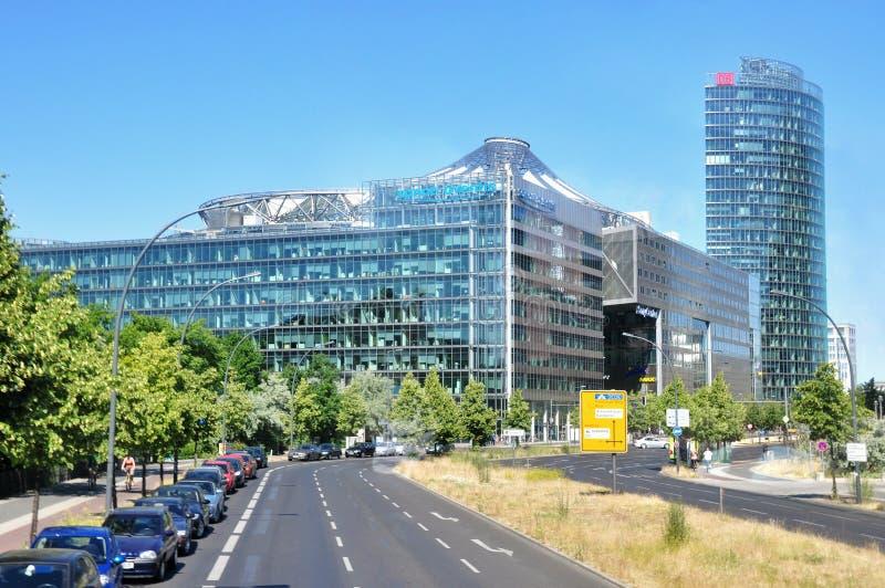 Download Budynki Nowoczesnych Berlin Zdjęcie Editorial - Obraz złożonej z kanarek, blok: 57673681