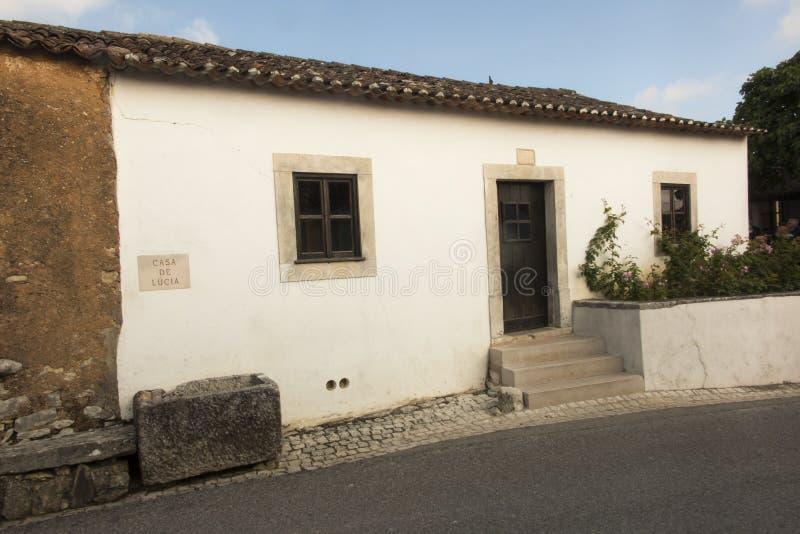 Budynki w Aljustrel blisko Fatima w Portugalia fotografia stock