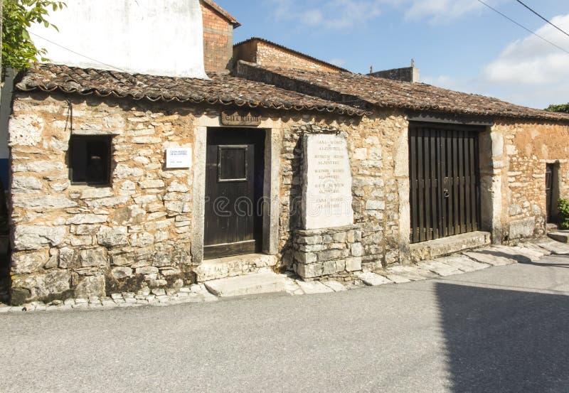 Budynki w Aljustrel blisko Fatima w Portugalia obrazy stock