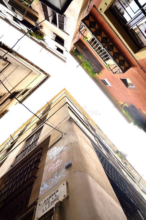 Budynki w gotyk ćwiartce w Barcelona, Hiszpania zdjęcia stock