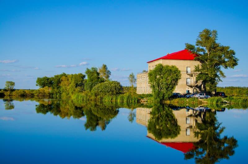 buen De retiro domowego jeziornego parkowego Glorieta Madrid Sevilla Spain obrazy stock