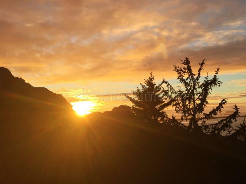 Buenas noches sol imagen de archivo libre de regalías