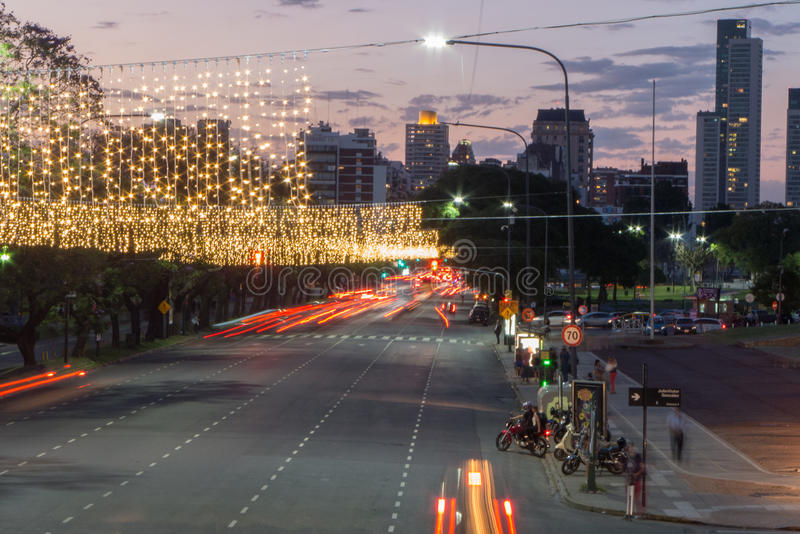 BUENOS AIRES, ARGENTINE - DÉCEMBRE 2016 : Rentrant à la maison, venir du ` s de nouvelle année images libres de droits