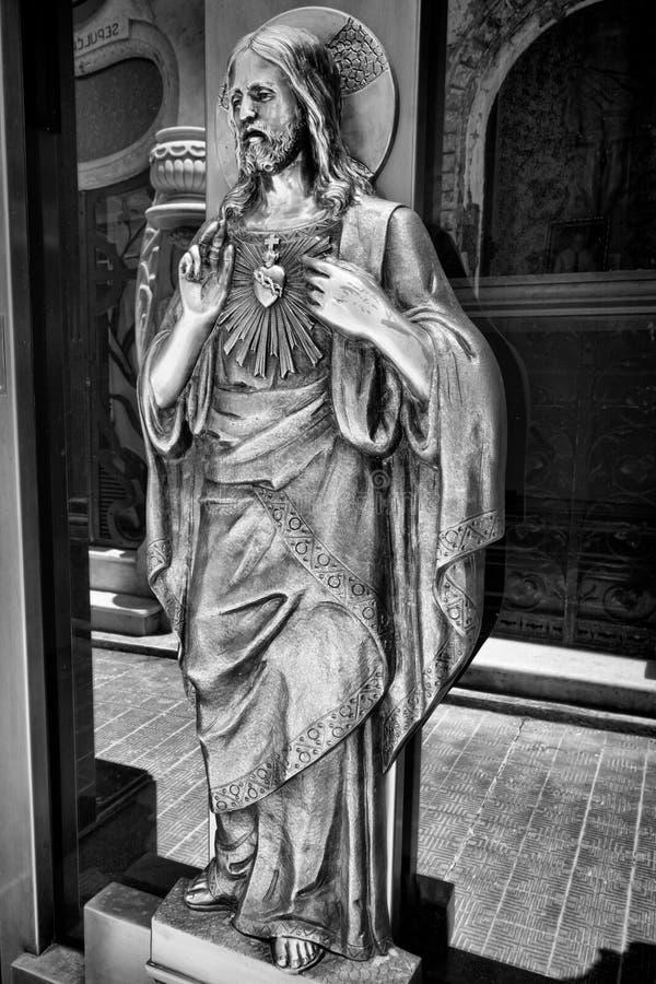 BUENOS AIRES JANUARI 30, 2016 - LaRecoleta kyrkogård som lokaliseras i den Recoleta grannskapen royaltyfri fotografi