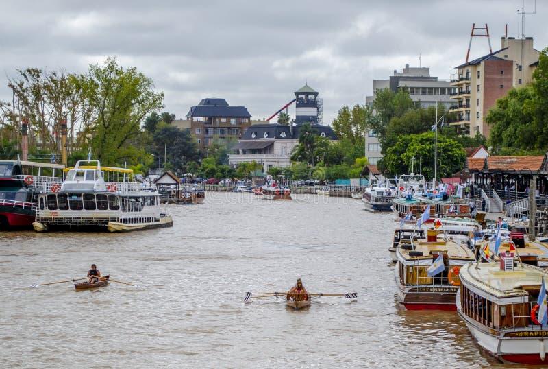 Buenos Aires kanal, fartyg royaltyfri foto