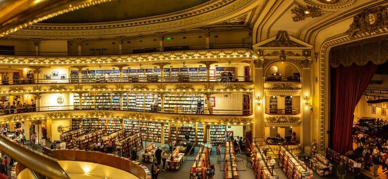 Buenos Aires, la Argentina 18 de noviembre de 2017 Librería el Athenaeum Uno el del más famoso y hermoso del mundo Un viejo fotografía de archivo libre de regalías