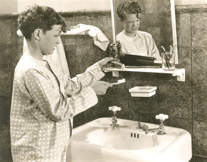 Buenos hábitos de resistencia de la higiene oral imagen de archivo