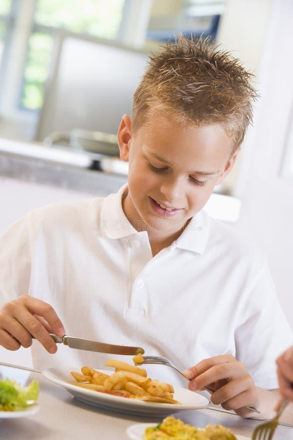 bufet jego lunch studentów szkoły zdjęcia stock