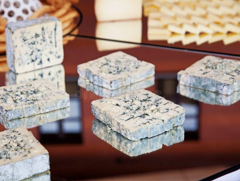 Bufete com queijo fotos de stock royalty free