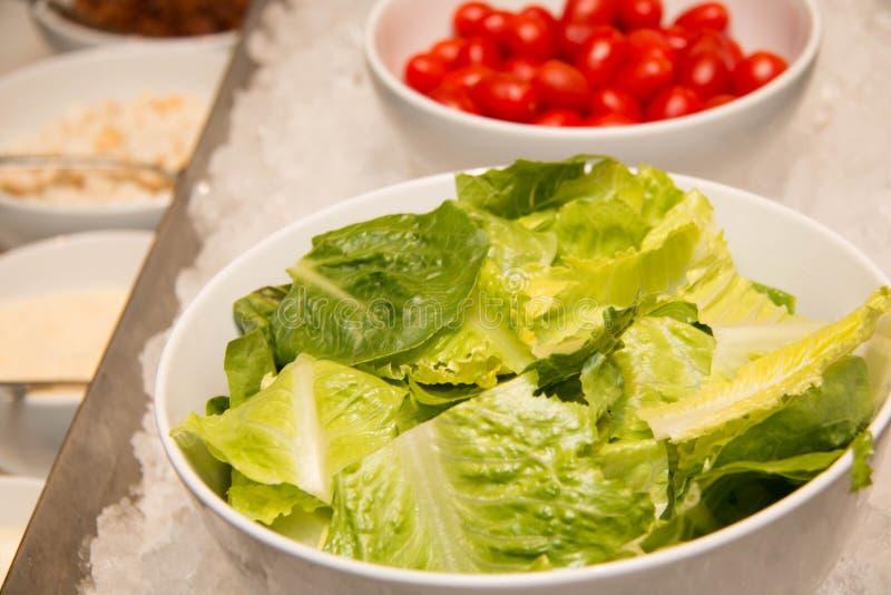 Bufete da salada do serviço do auto fotos de stock