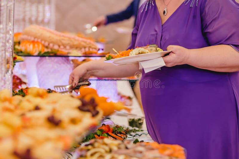 Bufete do restaurante da restauração para eventos imagens de stock royalty free