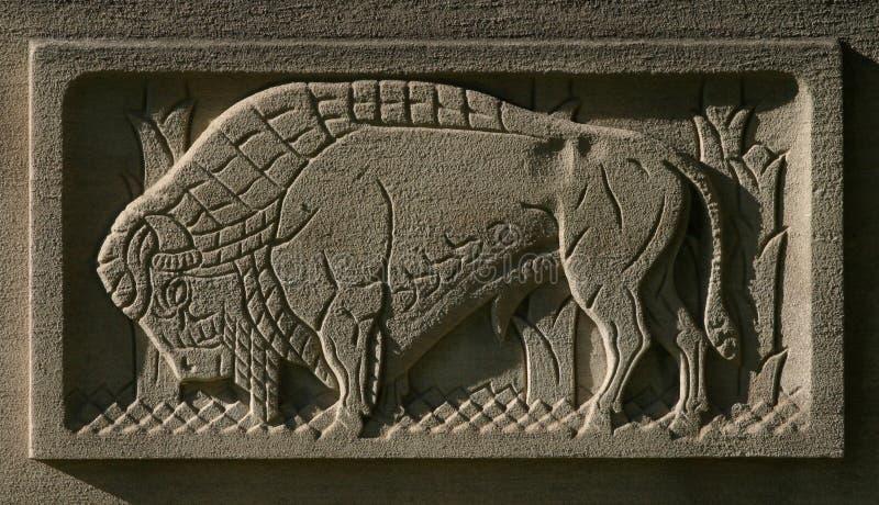 Download Buffalo Repéré Dans La Pierre Photo stock - Image du stylize, faune: 56332