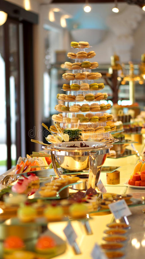 Buffet coloré de dessert photo libre de droits