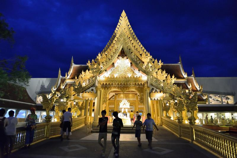 Buffet-Restaurant in Fantasea, Phuket lizenzfreies stockfoto