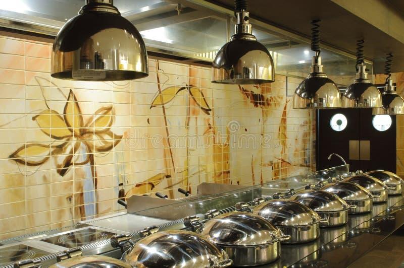 Buffet und Küche stockfoto
