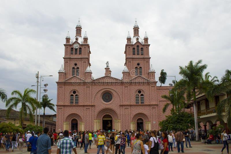 Buga,瓦尔del卡克塔省,哥伦比亚- 2017年1月9日:奇迹的阁下的大教堂 免版税库存图片