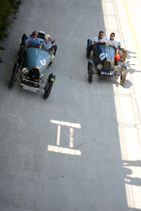 Bugatti在Mille Miglia的类型30和类型35A 免版税图库摄影