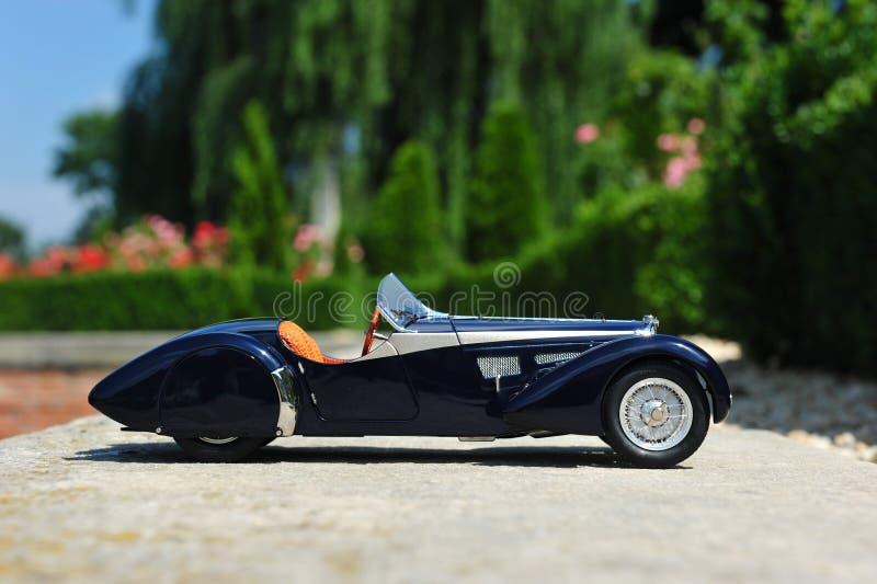 Bugatti 57 offener Tourenwagen Sc Korsika - Seitenansicht stockfotos