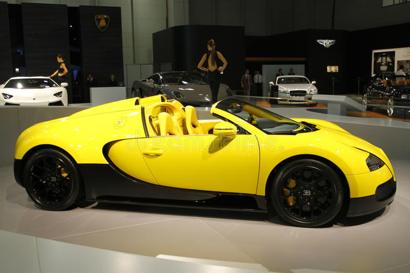 Bugatti Veyron editorial photo. Image of auto, sport - 27492306