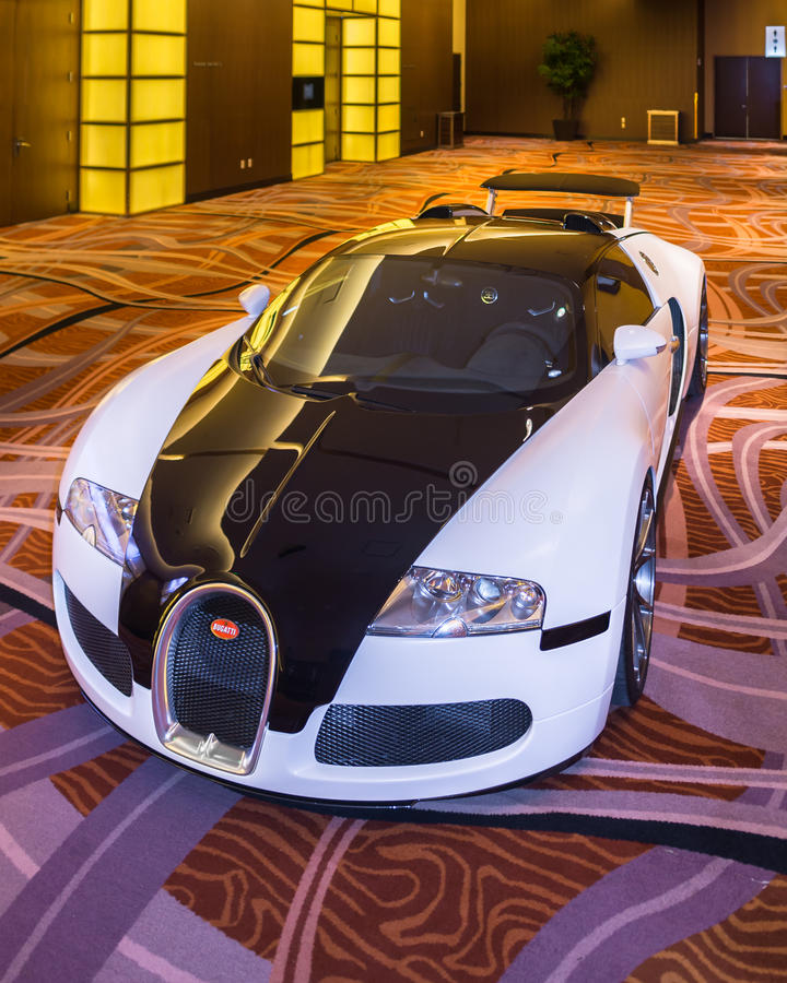 2016 Bugatti Veyron. DETROIT, MI/USA - JANUARY 10, 2016: A 2016 Bugatti Veyron at The Gallery, an event sponsored by the North American International Auto Show ( royalty free stock images