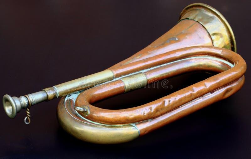 Bugle viejo del ejército foto de archivo libre de regalías