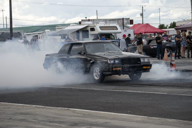 Buick-Grand National-Rauchshow stockfotografie