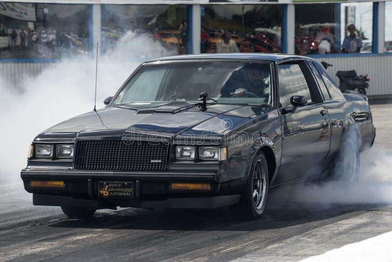 Buick-Grand National-Rauchshow lizenzfreies stockbild