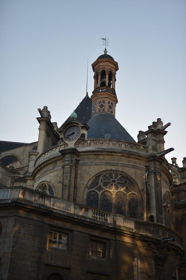 巴黎buiding和街道场面  免版税图库摄影