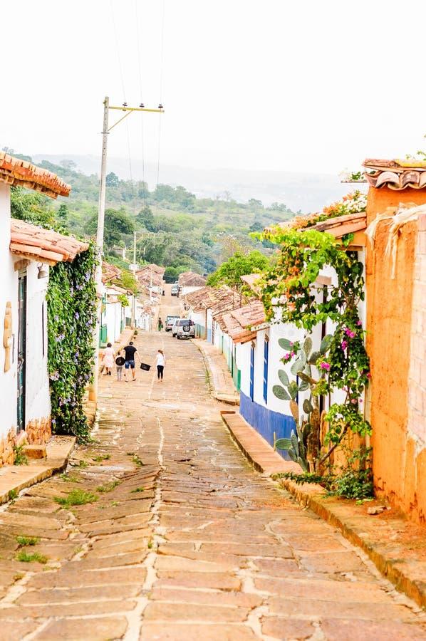 Buidlings coloniaux dans les rues de Barichara - la Colombie photographie stock