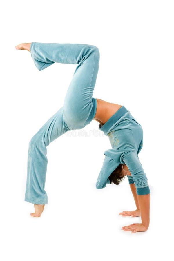 Buigende gymnastiekvrouw royalty-vrije stock foto