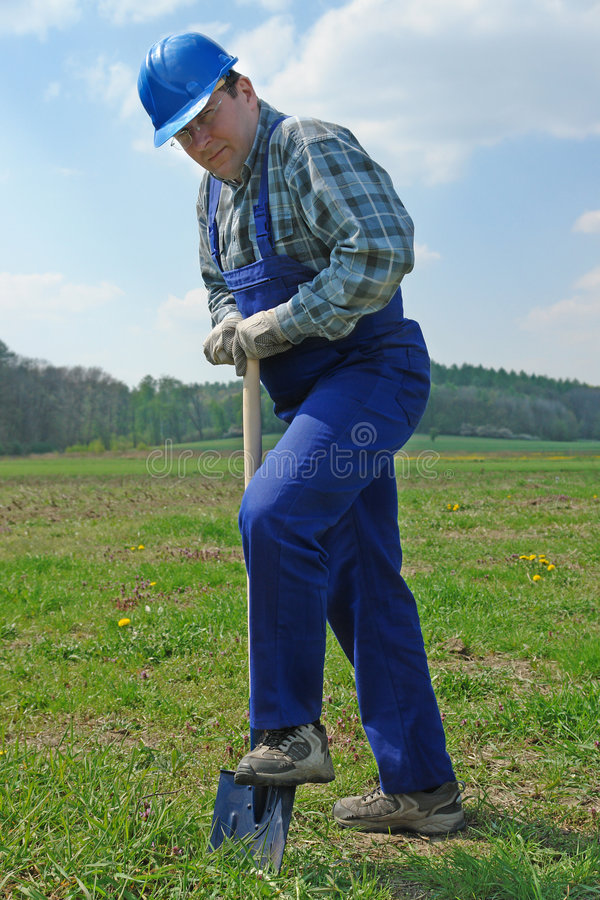 Free Builder With Shovel Royalty Free Stock Photos - 5043028