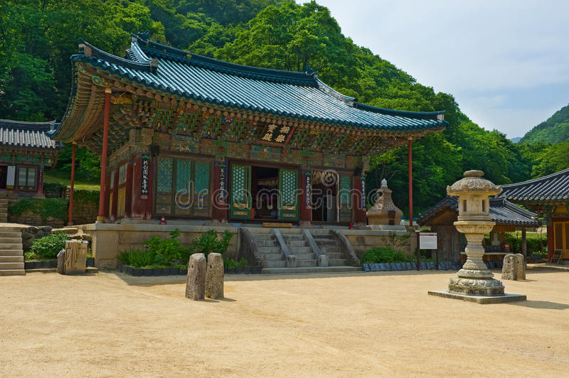 The building of Buddhist Sinheungsa Temple in Seoraksan stock photography