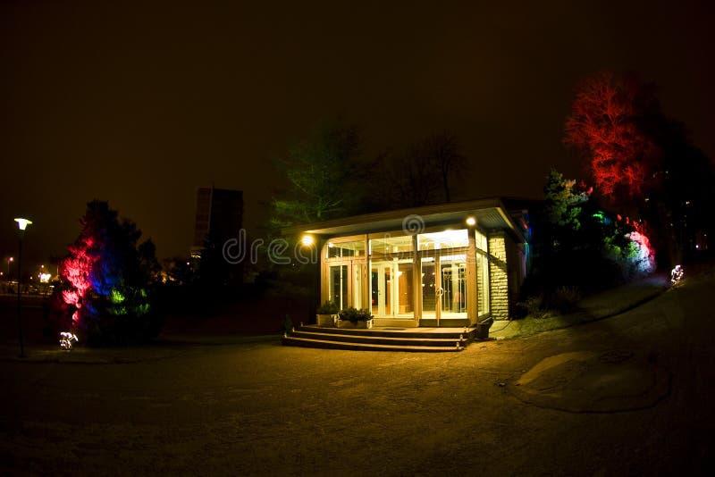 building entrance lighted στοκ φωτογραφία