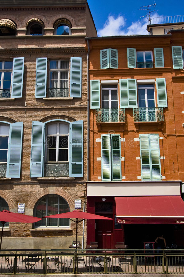 Free Building Facades And Windows Stock Image - 6754691