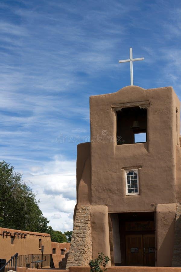 Download Building ornate 库存图片. 图片 包括有 教会, 的treadled, 蓝色, browne - 59100367