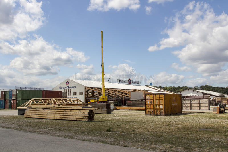Buildup of the Oktoberfest tents at Theresienwiese in Munich, 20. Building works in preparation of the Oktoberfest 2015 with the buildup of the famous beer tents stock image