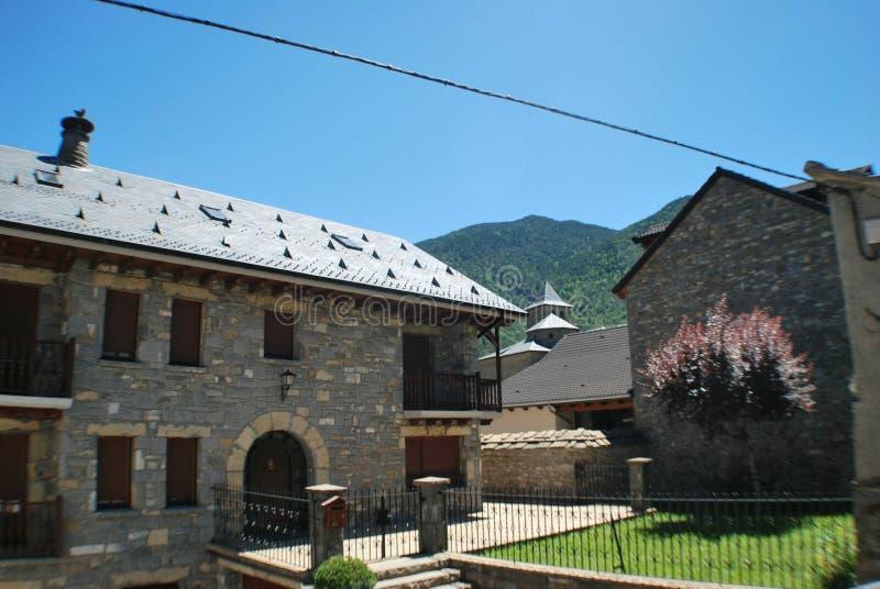 Builnding在托尔拉西班牙 免版税库存照片