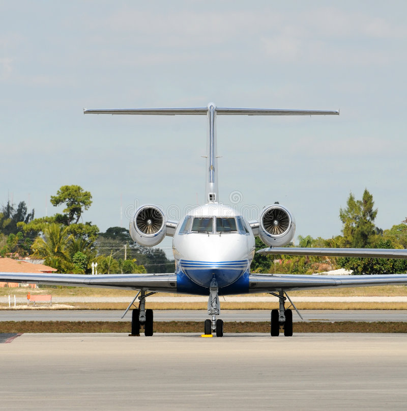 Download Buisness jet stock photo. Image of aircraft, luxury, luxurious - 7616374