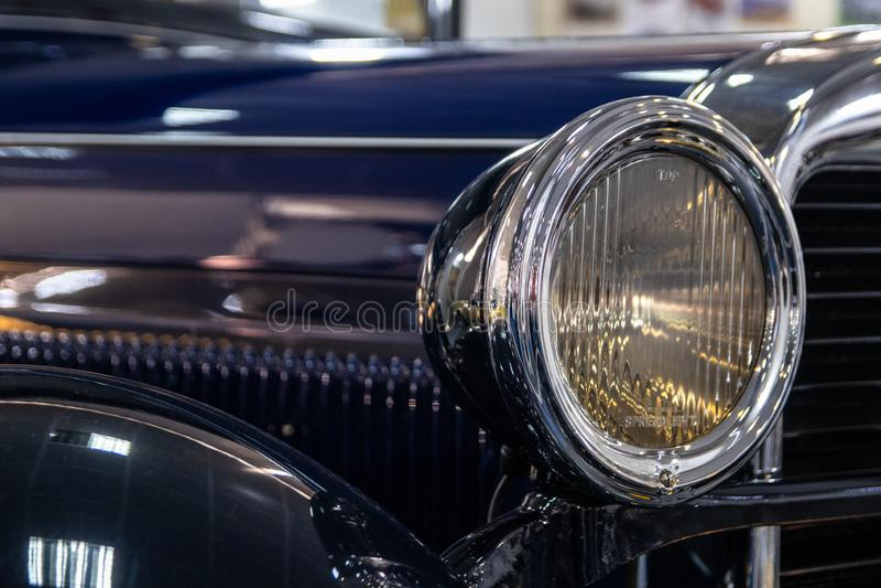 Buitendeel van uitstekende retro autoauto stock afbeelding